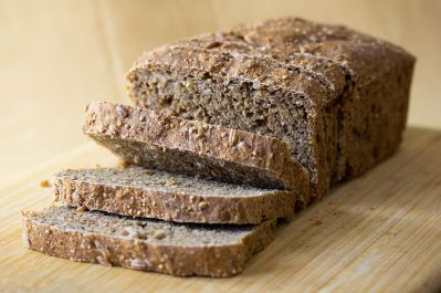 Vegan_Nine_Grain_Whole_Wheat_Bread Witia Wikimedia